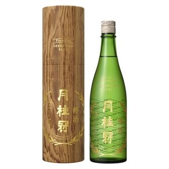 月桂冠 純金箔入樽酒 720ml